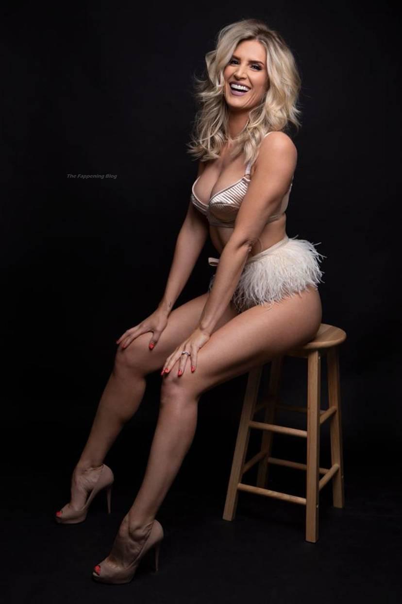 Sarah Jayne Dunn Sexy 3