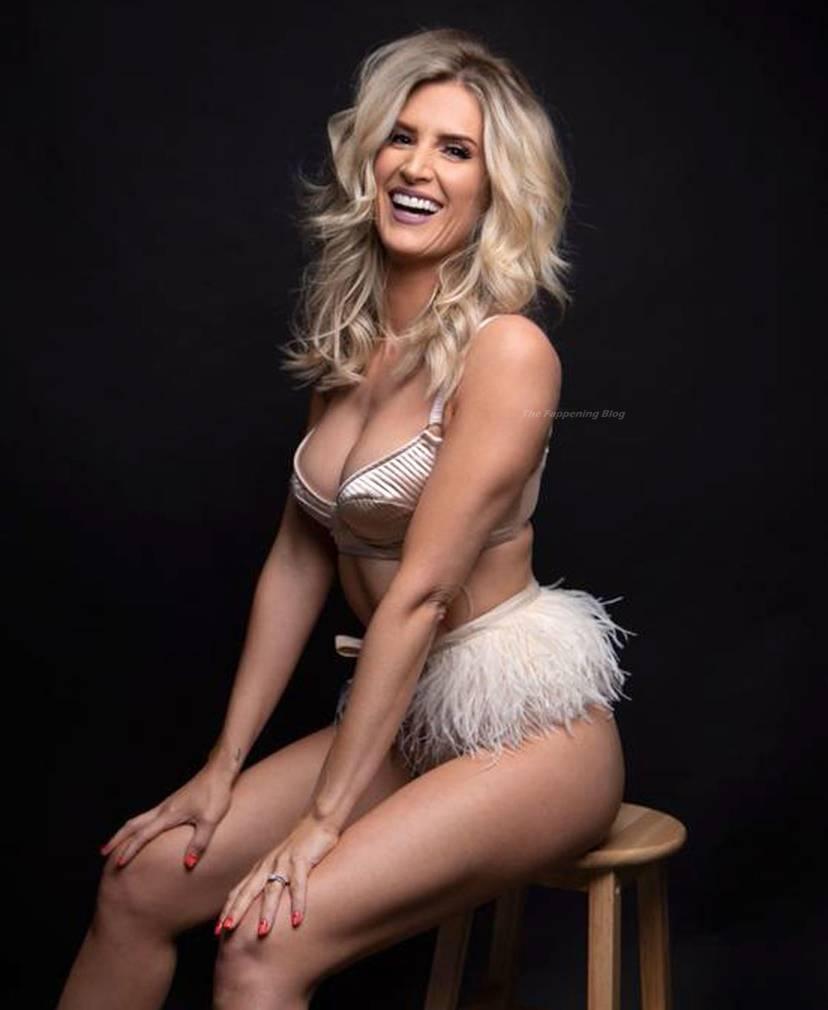 Sarah Jayne Dunn Sexy 5