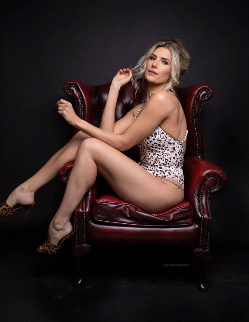 Sarah Jayne Dunn Sexy 6