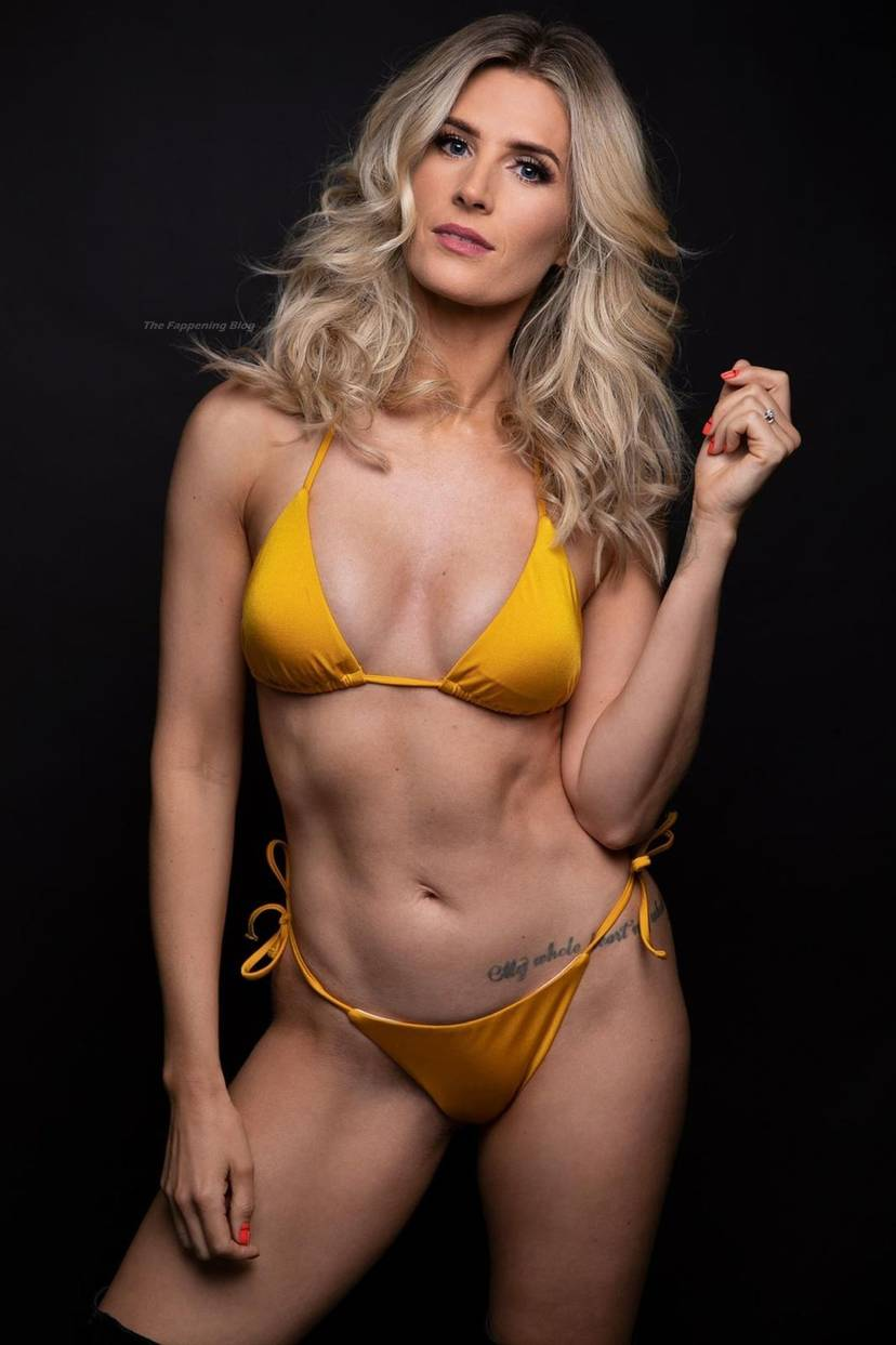 Sarah Jayne Dunn Sexy 7