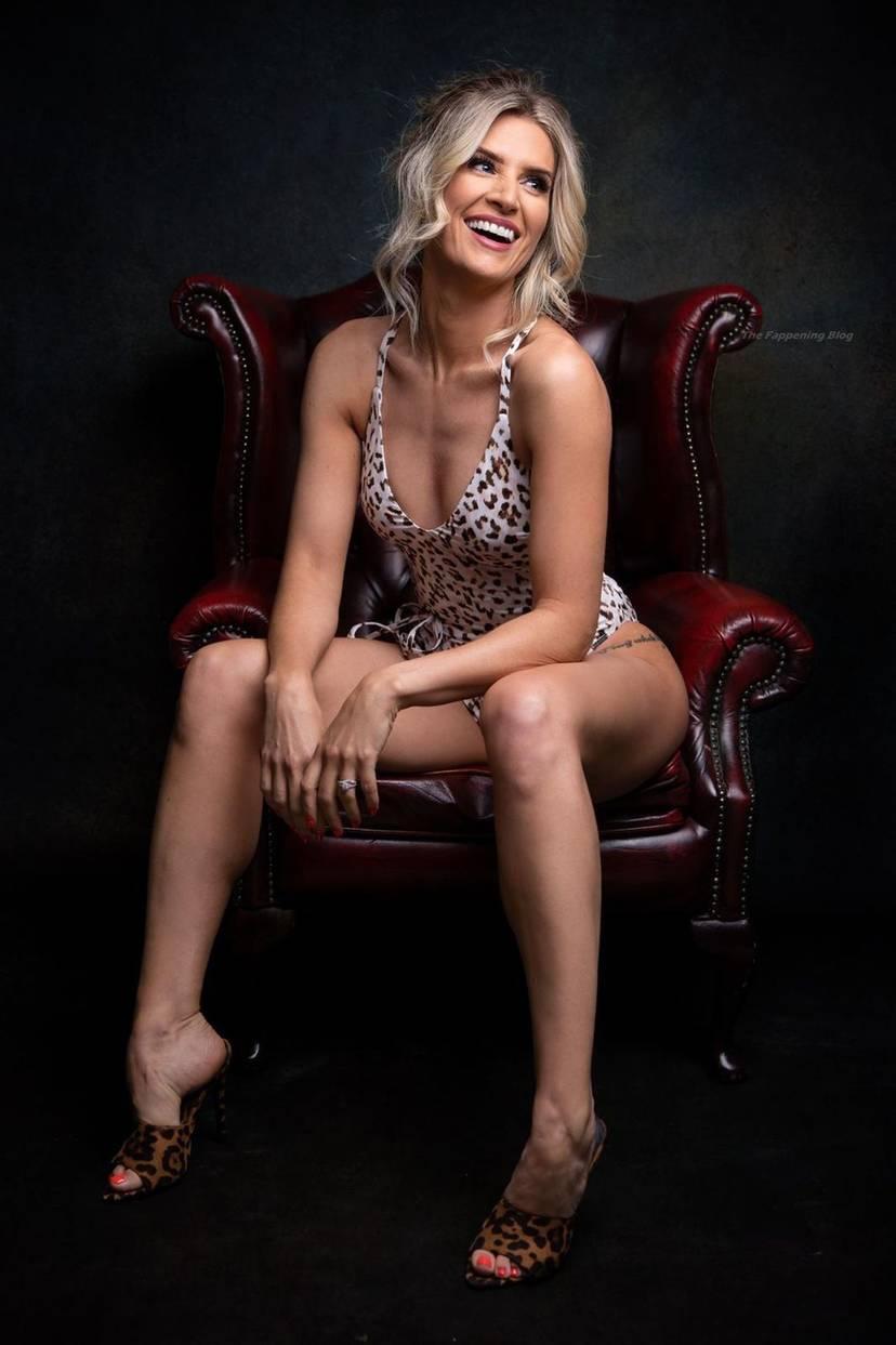 Sarah Jayne Dunn Sexy 10