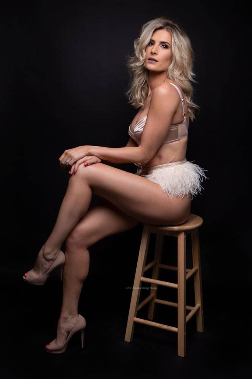 Sarah Jayne Dunn Sexy 12