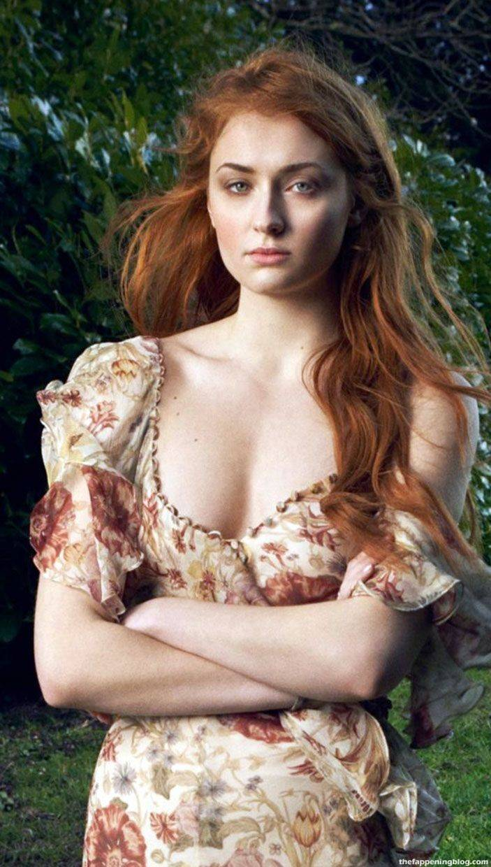 Sophie Turner Nude Sexy 50