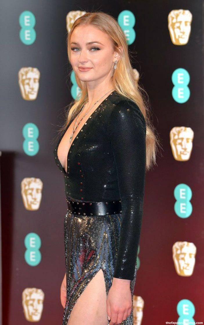 Sophie Turner Nude Sexy 68