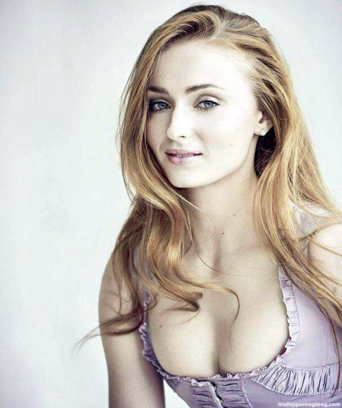 Sophie Turner Nude Sexy 91