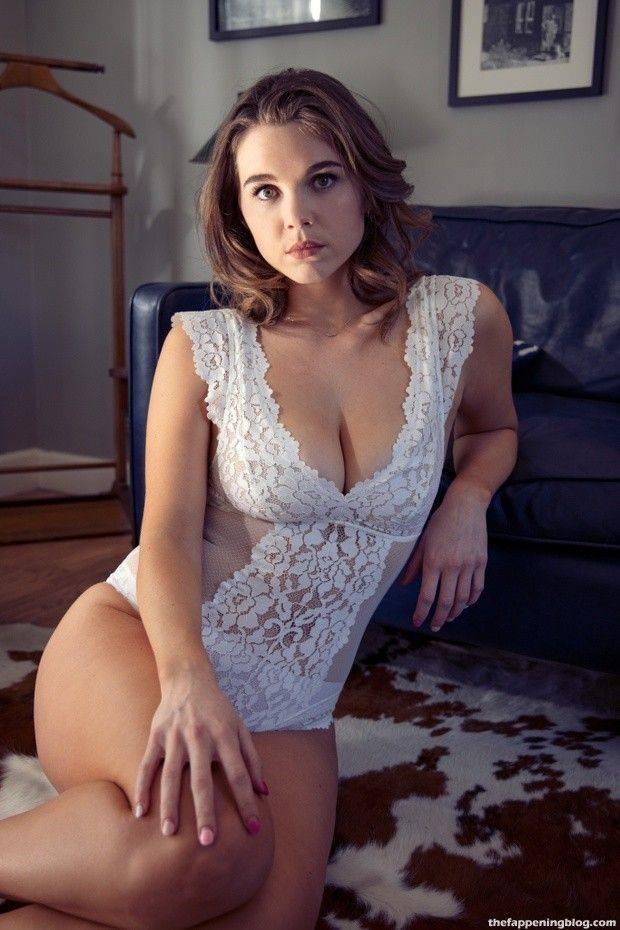 Tabitha Brownstone Sexy Through 7