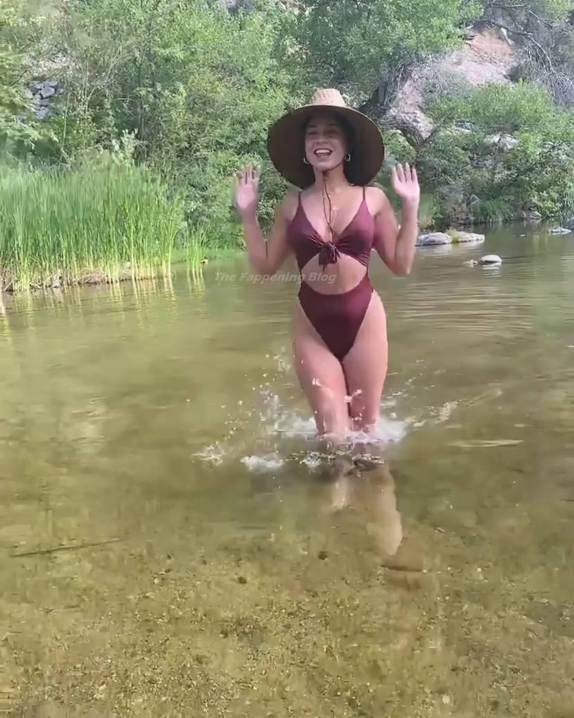 Vanessa Hudgens Sexy 9
