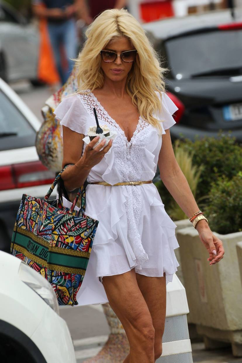 Victoria Silvstedt Sexy 31