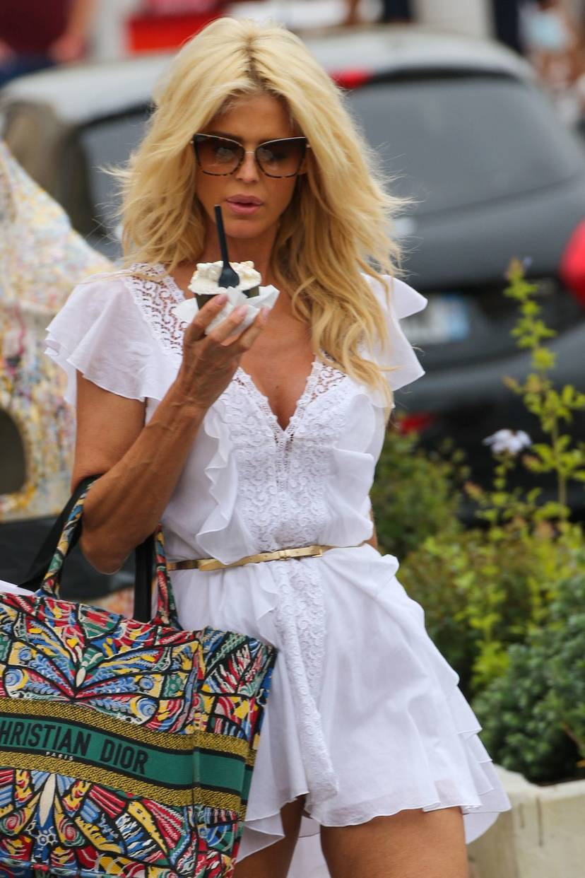 Victoria Silvstedt Sexy 33
