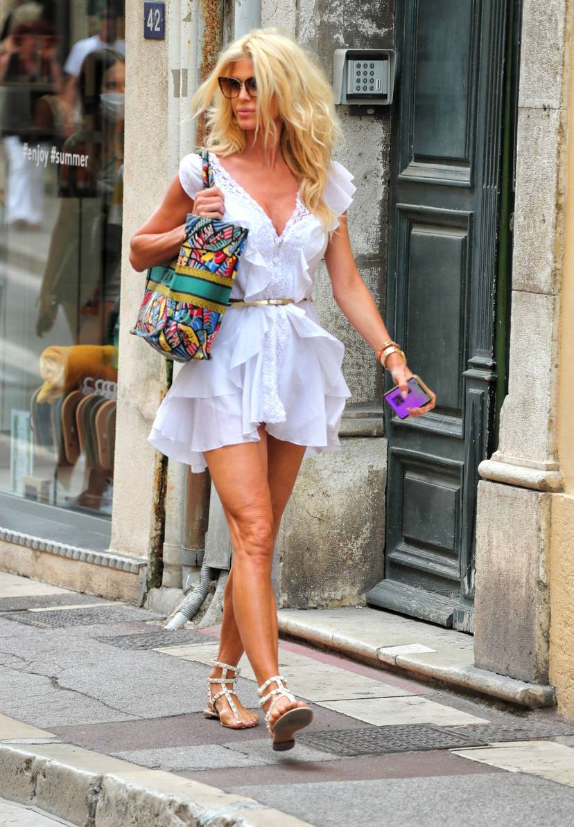 Victoria Silvstedt Sexy 55