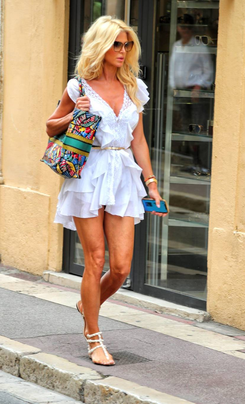Victoria Silvstedt Sexy 56
