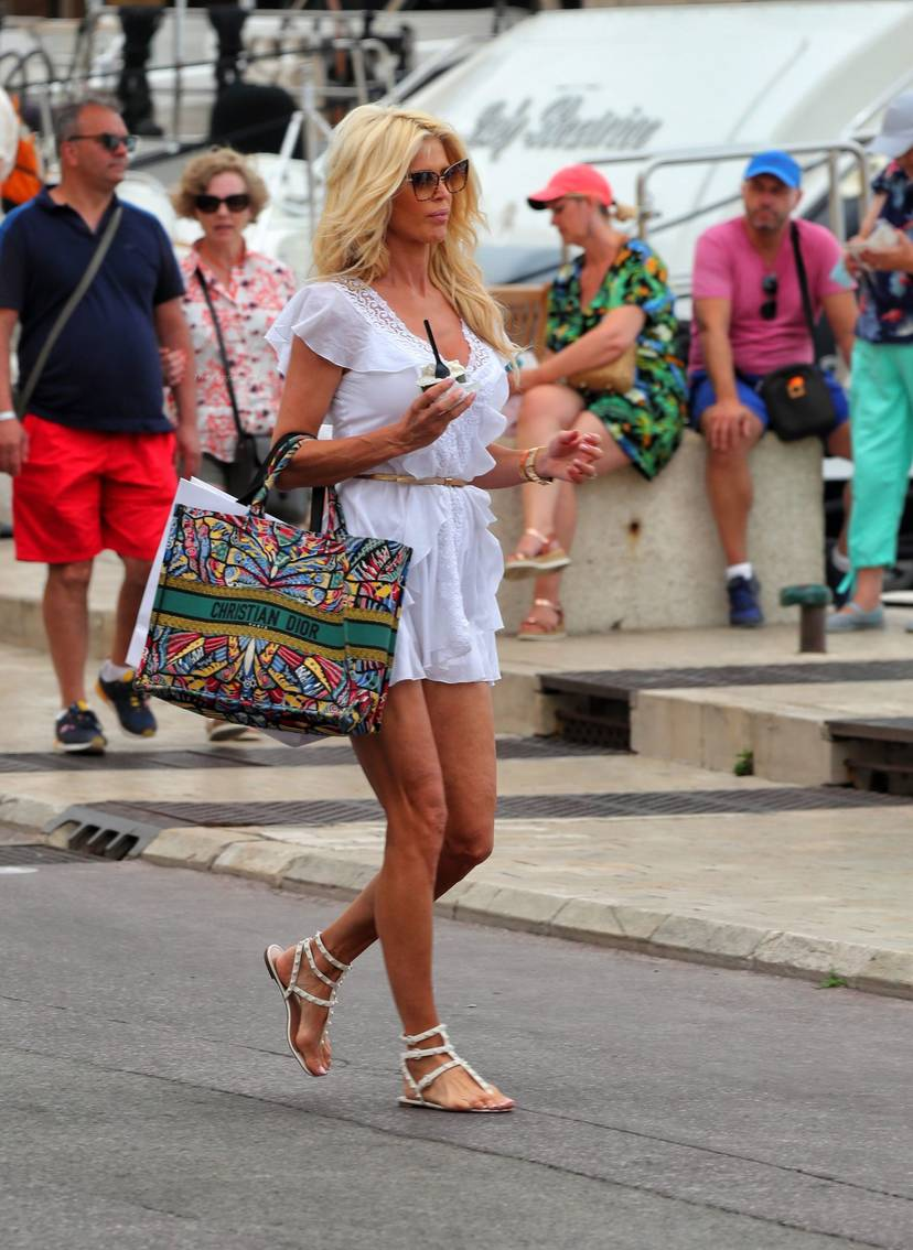 Victoria Silvstedt Sexy 61