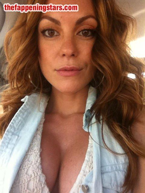 Strand nackt Megan  Megan Strand