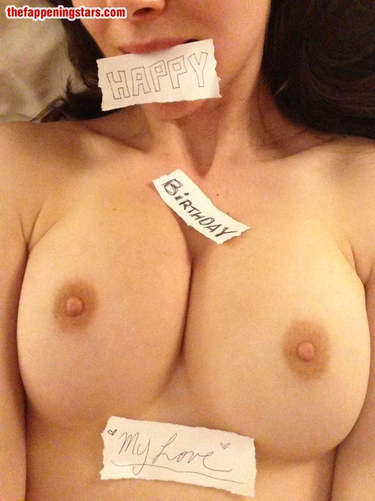 Nackt  Alison Brie Alison Brie