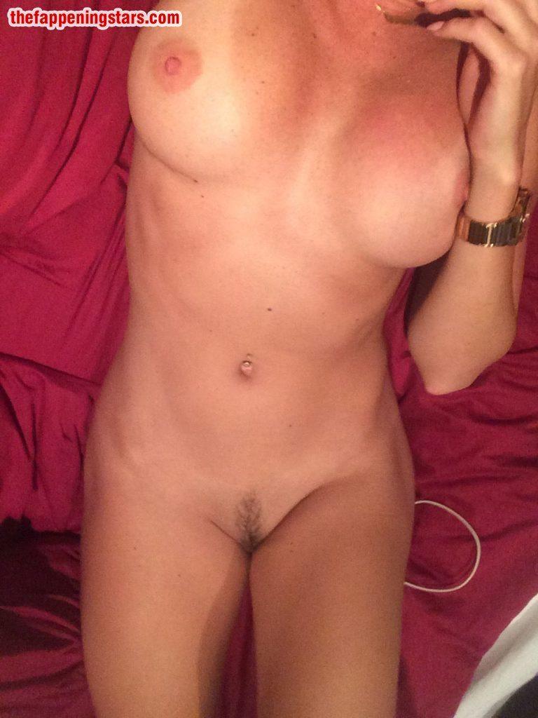 Nichole  nackt Amber 41 Sexiest